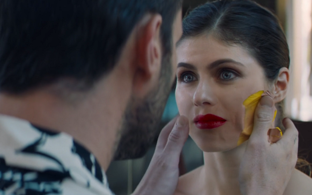 """Timber Unveils Dazzling, VFX-Driven Romance In Maroon 5's New Music Video """"Wait"""""""