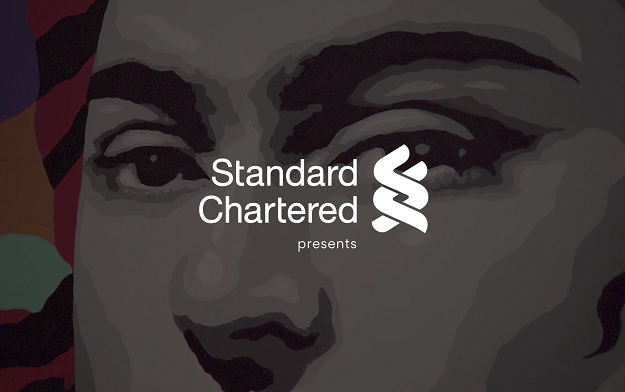 "Standard Chartered Bank UAE highlights gender pay disparity with ""Art Gap"""