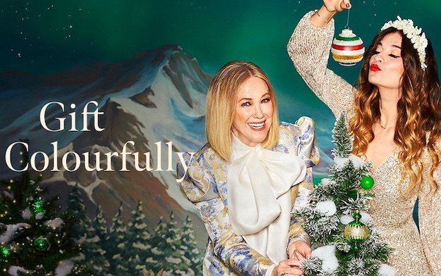 Catherine O'hara and Annie Murphy Deliver Hudson's  Bay's  Call to Joy  for the Holidays